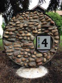 Rock sign by Doris Charest